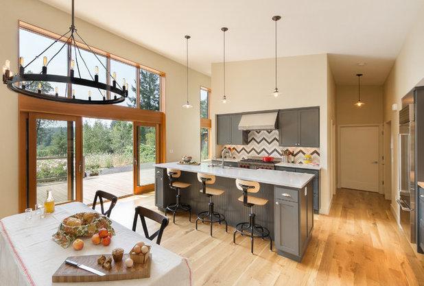 Farmhouse Kitchen by m.o.daby design
