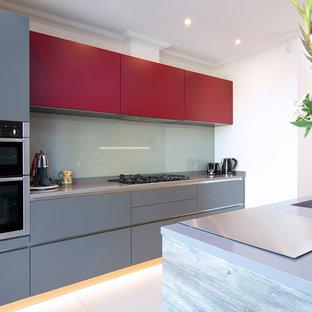 Modern grey & red matt lacquered kitchen