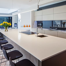 Modern Kitchen by Peter A. Sellar - Architectural Photographer