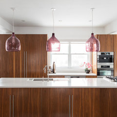 modern kitchen by Becki Peckham