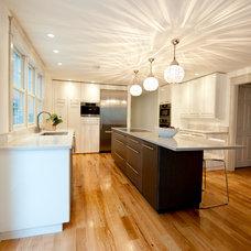 Modern Kitchen by Ridgeview Construction