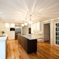 Modern Kitchen by Ridgeview Construction