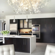 Contemporary Kitchen by Jennifer Pacca Interiors
