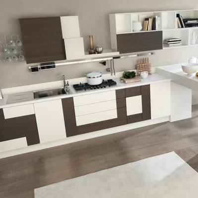 Mid-sized minimalist kitchen photo in New York