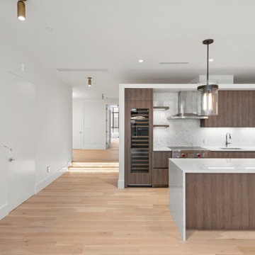 Modern Italian kitchen by Exclusive Home Interiors