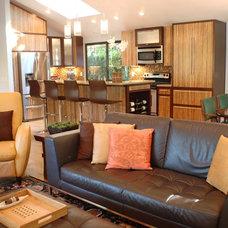 Modern Kitchen by Judith Balis Interiors