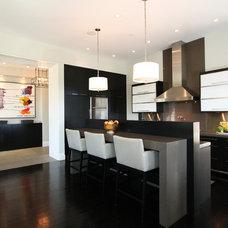 Modern Kitchen by Abramson Teiger Architects