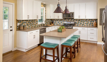 Modern Kitchen and Backsplash