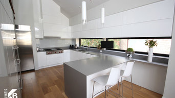 Modern Kitchen and Fireplace