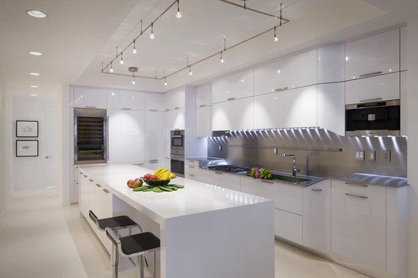 Modern Kitchen by Dan Forer, Photographer