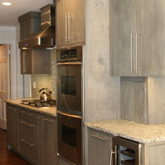 modern kitchen by ESD Homes