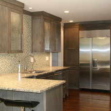 Contemporary Kitchen by ESD Homes