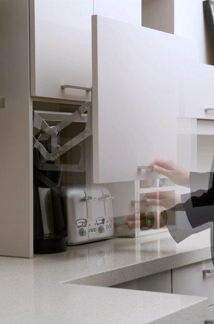 Modern Kitchen by Kitchen Gallery