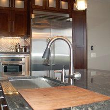 Traditional Kitchen Modern Kitchen