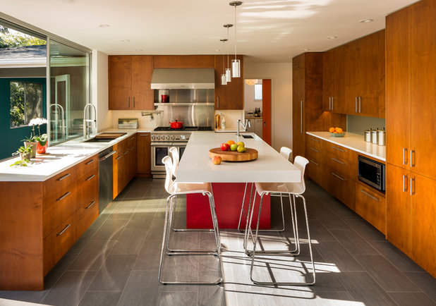 Contemporary Kitchen by building Lab, inc.