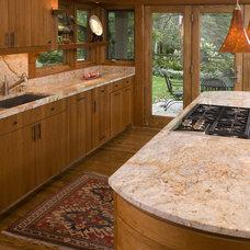 Modern Kitchen by John Kraemer & Sons