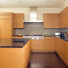 Modern Kitchen by Kasper Custom Remodeling, LLC