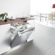 Modern Kitchen by Miele Appliance Inc