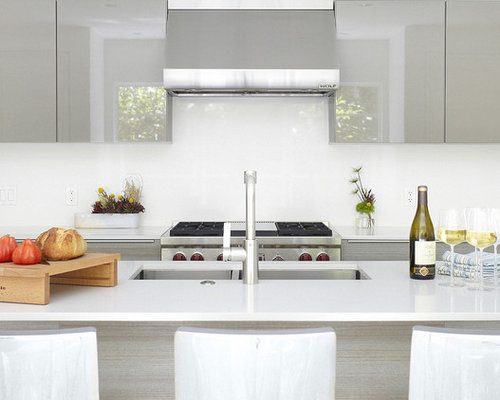 Inspiration For A Modern Kitchen Remodel In Dallas With A Double Bowl Sink Flat