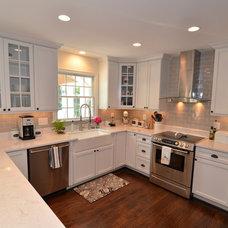 Modern Kitchen by The HandyMensch