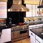 Mocha Shaker Two Toned Kitchen Modern Kitchen