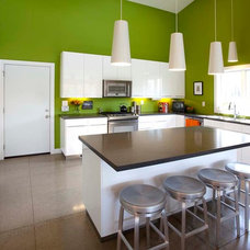 Modern Kitchen by SKL Architecture, LLC