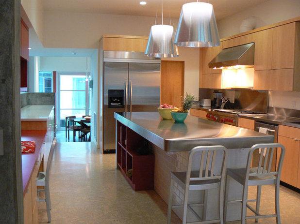 Modern Kitchen by Stephen Dalton Architects