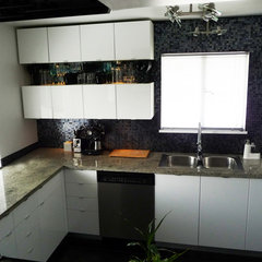 modern kitchen by Wallflower Boutique
