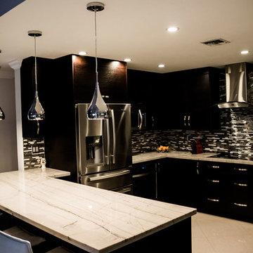 modern kitchen wengue colored with white macaubas quartzite countertop