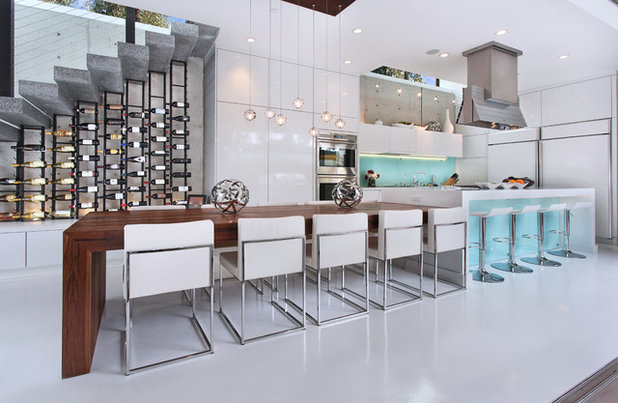 Contemporary Kitchen by VintageView AU/NZ