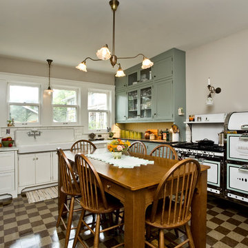 Modern Kitchen with 1920s look