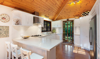 Modern Kitchen with a splash of Tradition