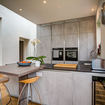Modern Kitchen with Dekton Worktop