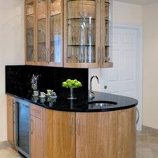 Modern Kitchen by Kleppinger Design Group, Inc.
