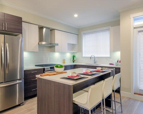 Küchen mit Küchenrückwand in Grün und Laminat Ideen, Design & Bilder ...