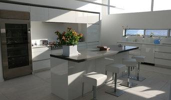 Modern Lakehouse Kitchen