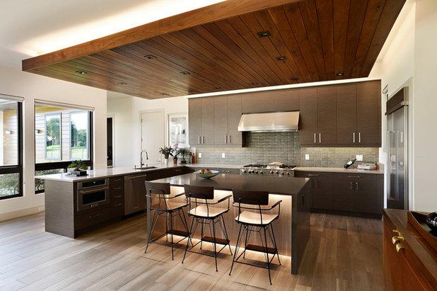 Contemporary Kitchen by Zachary Custom Homes