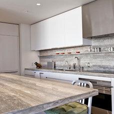 Modern Kitchen by Urban Rebuilders