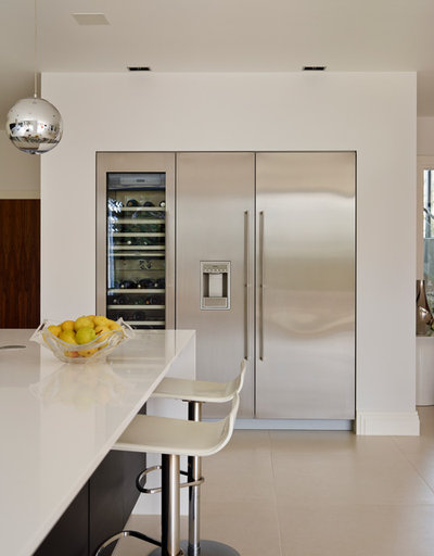 Kitchen planning how to choose the perfect fridge freezer - How to choose a freezer ...