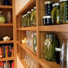 Modern Kitchen by Alice Design