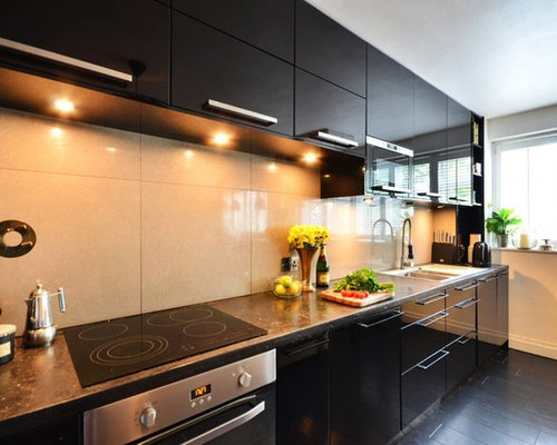 Kitchen design ideas renovations photos with black for Style kitchen nashville reviews