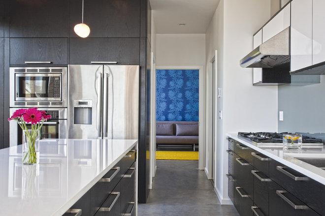 Modern Kitchen by Todd Brickman designs