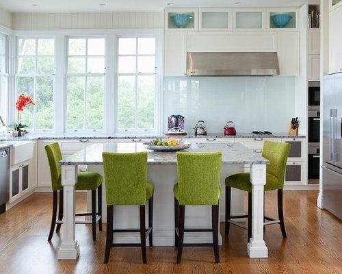 Attrayant Transitional Kitchen Designs   Transitional U Shaped Medium Tone Wood Floor  Kitchen Photo In Brisbane