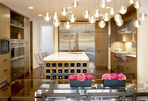 Contemporary Kitchen by Scott Simpson Builders