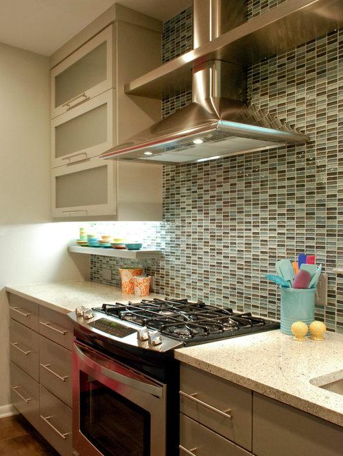 Modern retro kitchen by bradshaw designs for Retro modern kitchen ideas
