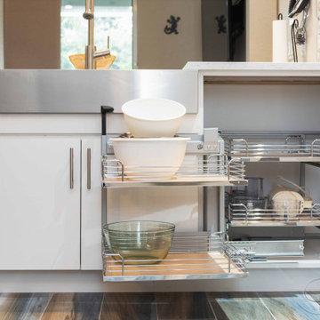 Modern small kitchen