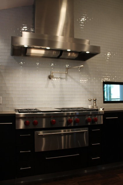 Modern Kitchen by Karen Radtke Interior Design