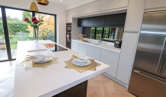 Modern Super Matte Kitchen - Barnt Green