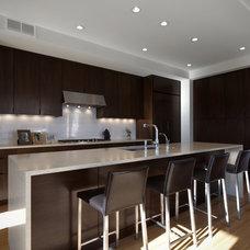 Modern Kitchen by john joyce architects, inc.