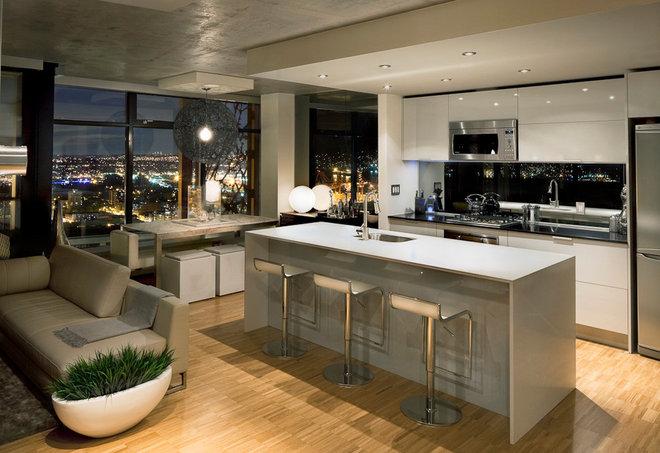 Modern Kitchen by Sublime Interior Design